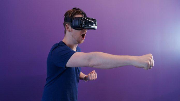 Slik spiller du casinospill med VR-headsettet ditt